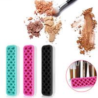 Wholesale universal holder tool - Universal Silicone Makeup Brushes Holder Portable Make Up Brush Holder Box Makeup Tools Storage Cosmetic Brush Toothbrush Holder 3 Colors