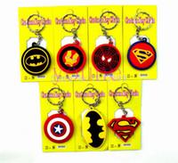 llaves de sílice al por mayor-¡Caliente! 40 unids Batman Spiderman Superman Capitán América Silica Gel Llavero Moda Llavero Colgante Figura Modelo Accesorios Regalos