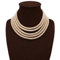 254e120ddecb ... Diseño Kim Kardashian Collar Gargantilla Collares Para Las Mujeres  Joyería de la Declaración Maxi Collares Boho Accesorios 2017 Chica de Verano  Joyería