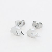 Cute Dolphin Stud Earrings Rabbit and little feet Brinco de aço inoxidável Cute Women Charm Jewelry Wholesale 10 Pairs / Set