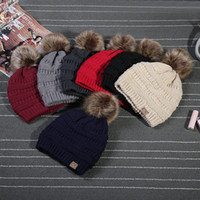 Wholesale Christmas Fedora Hat - Unisex CC Trendy Hats Winter Knitted Fur Poms Beanie Label Fedora Luxury Cable Slouchy Skull Caps Fashion Leisure Beanie Outdoor Hats F898-1