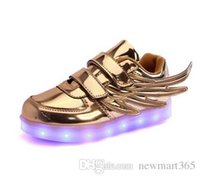 Wholesale Usb 36 - 24-36 Led kids light up Flashing wings Shoes with USB Charge Fluorescent Couple Shoes Running Sneakers Sport Casual trainers for Childrens