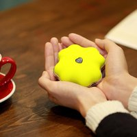 Wholesale Clover Style colors Lucky hand portable Electric hand warmer heating toy heater mini heating machine for women