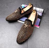 Wholesale mens dress set - 2017 wedding shoes Man point toe dress shoe men pointed toe dress shoes designer mens dress shoes Set auger flats office for male 37