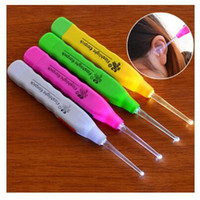 Wholesale Led Flashlight Earpick - Ear Cleaner LED Light Earwax Spoon Clean Flashlight Earpick Random Color Ear Clean Care Tool Free Shipping