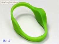 Wholesale copy rfid cards - Wholesale- BG-12 100PCS LOT 125khz T5577 T5567 T5557 Rewritable RFID Wristband Bracelet Copy Clone ID Card For Swimming Pool Sauna Room GYM