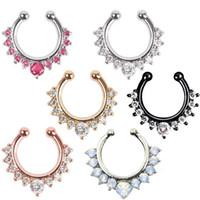 ingrosso i monili del corpo falsi-(7 colori) Anello piercing al naso - vendita calda di cristallo anello setto setto setto piercing clip sul corpo gioielli anelli cerchio finto per le donne