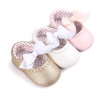 andador para bebé durante años al por mayor-Zapatos para bebés Zapatos para niñas Zapatos de fiesta de princesa Arcos Cumpleaños Dulces puntos Bebé primeros caminantes 0-1 año 2017 Primavera nuevo DHL GRATIS