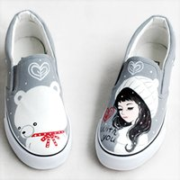 Wholesale Personalized Shoes Gold - Foot wrapping women's canvas shoes personalized hand-painted shoes girl bear flat grey low graffiti shoes comfortable cow muscle