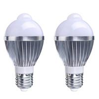 Wholesale Motion Globe - E27 led bulb light 5W 7W PIR Auto induction bulbs lamp AC85-265V LED Light Lamp Bulbs human motion sensor led Spot bulb