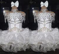 organza beyaz elbiseli kızlar toptan satış-Beyaz dantel boncuklu halter kısa kollu bow organze balo cupcake yürüyor küçük kızlar alayı elbiseler çiçek kızlar için düğün glitz