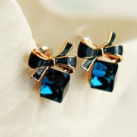 Atacado Jóias de luxo Shimmer Chic moda Gold Bowknot Cube Crystal Square brinco Rose Gold Square arco Stud Earrings for Women