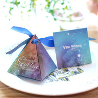Wholesale Made Candy Wedding Favor - High Class Triangle Wedding Favors Gift Boxes 2017 Top Quality New Arrival Hard Card Paper Made Favor Holders Favour for Candy