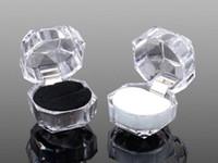şeffaf akrilik fişler toptan satış-Epackfree 20 adet 3 renkler Yüzük Kutusu Takı temizle Akrilik mücevher Kutuları düğün hediye kutusu yüzük damızlık toz fiş kutusu