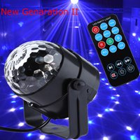 Neue Generation LED Crystal Magic Ball 3W Mini RGB Bühnenbeleuchtung Effekt Lampe Birne Party Disco Club DJ Licht Show US / EU Plug