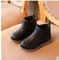 botas de goma para niños calientes al por mayor-2018New Hot Boys Rubber Boots Nuevo Otoño Invierno Cuero PU Impermeable Martin Boot Kids Snow Boot Marca Niñas Botas para niños Zapatillas de deporte de moda