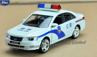 Wholesale Model Toy Police Lights - 1:32 Scale Alloy Diecast Metal Police Car Model For Hyundai Sonata Collection Model Pull Back Toys Car With Sound&Light - White