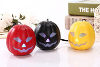 Wholesale Pumpkin Mini Bluetooth Speakers LED Flash Light Multi color Speaker TF Ultra Clear Sound Outdoor Cycling Halloween Gift