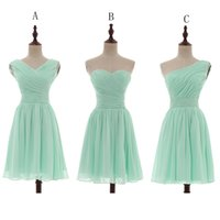 Wholesale Mint Bridesmaids Dresses - Pleated Short Chiffon Country Bridesmaid Dresses Mint Green 2018 Knee Length Wedding Bridesmaid Dress 100% Real Pictures