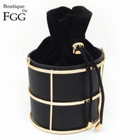 черное металлическое ведро оптовых-Wholesale-European and American  Women's Fashion Bucket Black PU Metal Frame String Evening Party Handbags Clutch Bag 100cm O Chain