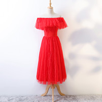 ingrosso abito di sfera di tulle di lunghezza del tè rosso-Real Photo Red Lace E Tulle Off The Shoulder Lace Up maniche corte Ricamo Tea Length Ball Gown Nappe Onepiece Party Dress