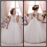 black hole vests - Flower Girl Dresses Hole Ball Gown White Lace Sleeveless O Neck Long Wedding Pageant First Communion Dresses for Little Girls
