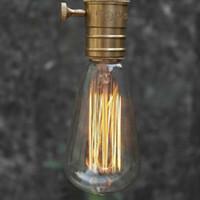 éclairage antique industriel achat en gros de-Gros-Edison Vintage Antique ST64 220V / 40W E27 Industrielle Lumière Plafond Ampoule Reproduction Incandescent Décor