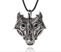 Nova chegada Charm Men Stainless Steel Wolf Head Pendant Leather Chain Necklace Jóia Supernatural Wicca Amulet Talisman para homens