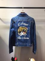 Wholesale Chaqueta Denim Hombre - 2017 Men's Denim Jacket fashion Jeans Jackets Slim fit casual tiger embroidery coat Chaqueta Hombre