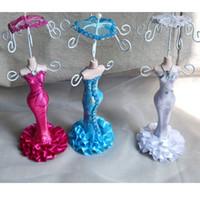 küpeler manken toptan satış-Şemsiye Bebek Raf Ile küçük Manken Kolye Küpe Yüzük Takı Organizatör Düğün Favor Tutucu Süslemeleri