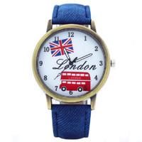 london quarzuhren großhandel-Retro- Segeltuchstudent passt Unionflagge London-Busuhr Männerfrauen-Armbanduhr beiläufige Luxusjeans-Quarzuhren auf