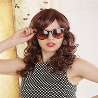 Femmes Light Brown Cheveux bouclés Full Bangs à la mode Cosplay Party Perruques Beautiful Fashion Wig Black White Women