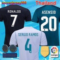 Barato Uniforme De Fútbol Baratos-Chandal de futbol Top thailand AAA cheap 2017 2018 Real Madrid Soccer Jerseys 17 18 Camisetas de fútbol RONALDO home Blue white Camisetas uniformes ISCO Bale