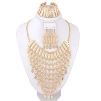 Wholesale Costume Jewelry Diamond Sets - Luxury Charms Dubai 18K Gold Plated Fashion Wedding Bridal Statement Necklace Earring Bracelets Set African Costume Jewelry Sets