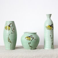 Wholesale Hand Painted Porcelain Vases - Artistic Ceramic Porcelain Tabletop Vase Set (3 Pcs) with Hand-painted Froal Painting in Inovation Design G9501425