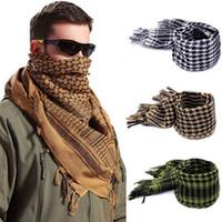 ingrosso sciarpe tattiche militari shemagh-Sciarpe musulmane di cotone di spessore 110 * 110 cm Hijab Shemagh Sciarpe tattiche del deserto arabo Uomini inverno ventoso militare sciarpa esterna OOA2790