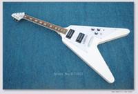 uçan v beyaz gitar toptan satış-En Müzikal Enstrümanlar Yeni Beyaz Çin'den Uçan V Elektro Gitar Ücretsiz Kargo