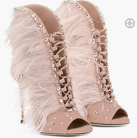 botas de penas rosa venda por atacado-2017 novas mulheres rosa botas de salto fino de penas tornozelo botas corta glitter mulheres peep toe mujers bota botas de vestido de diamante