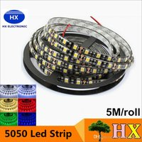 Recientemente negro PCB LED tira 5050 DC12V IP65 impermeable 60LED / m 5m / rollo blanco / caliente blanco / rojo / verde / azul / RGB 5050 LED tira
