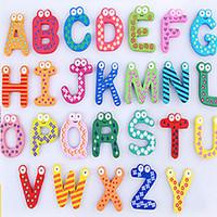 alfabe öğrenme oyuncakları toptan satış-Kelimeler Dolabı mıknatıslar 26 adet / takım Çocuk Çocuk Ahşap Karikatür Alfabe Eğitim Öğrenme Oyuncaklar Yetişkin El Sanatları Ev Dekorasyonu HH-F02