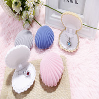 Wholesale Shell Shaped Pendant - Wedding Elegant Shell Shape Velvet Fashion Jewelry Rings Box Top Grade Necklace Earring Pendant Locket Container Case
