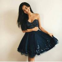 vestidos de fiesta de encaje azul oscuro al por mayor-Lovely Navy Blue Vestidos de Fiesta Cortos Cariño Perlas Flores Tulle Lace Up Back Por encargo Vestidos de fiesta Vestidos de fiesta en azul marino oscuro