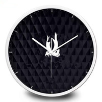 Wholesale New Classic pattern wall clock Metal frame with famous logo black wall clock good quality cm cm inch inch