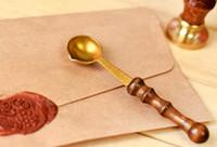 mango de madera sello vintage al por mayor-Sello de cera de calidad Cuchara de cera de sellado Cuchara de cera de sellar mango de madera vintage Cuchara de cera anti caliente