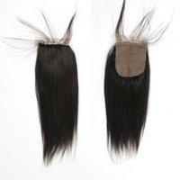fermetures malaises base droite en soie achat en gros de-Pas cher Malaisien Vierge Cheveux Base De La Lumière De La Lumière Yaki Fermetures 4x4