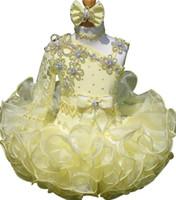 ingrosso abiti da sposa gialli per neonati-I vestiti gialli di occasione dei bambini del cupcake di spettacolo dei vestiti infantili del tutu infantile le neonate del bambino una spalla festa del vestito da spettacolo della festa di compleanno