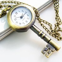 colar de relógio chave venda por atacado-Atacado-2015 Bronze Adorável Vintage Design Chave de Quartzo Mulheres colar Relógio de Bolso Presente Frete Grátis