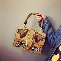Wholesale Retro Rivet Bag - fashion luxury designer retro totes women leather handbag shoulder messenger bags bee bag famous brand embroidery flap
