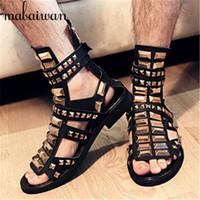 Wholesale Punk Studded - Wholesale-Punk Style Rivets Gladiator Sandals Designer Men Gold Studded Flats Mens Flip Flops Peep Toe Black Leather Sandalias Hombres