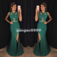 formale spandexkleider großhandel-Moderner grüner V-Ausschnitt Prom Dresses 2019 Spandex Mermaid Kleider für besondere Anlässe High Split Formal Abendkleid für Party Celebrity Wear